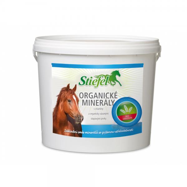 Stiefel, organické minerály pre kone, srsť koní, koža koní, letná vyrážka, alergia na hmyz, kožné problémy koní, presrsťovanie koní, imunita koní, kĺby koní, omega mastné kyseliny pre kone