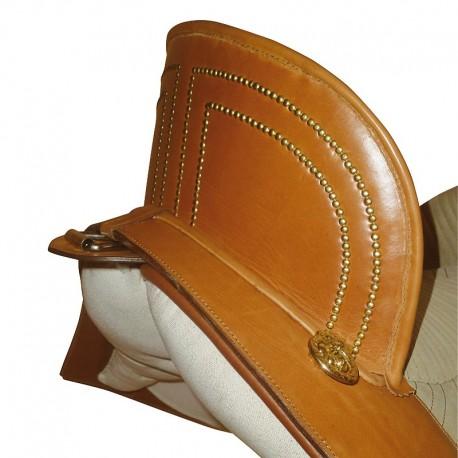 Marjoman, portugalské sedlo, sedlo, detailne prepracované sedlo, detailne prepracované portugalské sedlo, sedlo línie vaquera, sedlo pre PRE, sedlo pre andalúzske kone, sedlo pre barokové kone, sedlo pre frízske kone