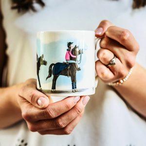 hrnček, hrnčeky, hrnček so vzorom koňa, hrnčeky so vzorom koňa, hrnček so vzorom koní, hrnčeky so vzorom koní, hrnček s motívom koňa, hrnčeky s motívom koňa, hrnček s motívom koní, hrnčeky s motívom koní, hrnček s vtipnou ilustráciou koňa, hrnčeky s vtipnými ilustráciami koňa, hrnček s ilustárciou koňa, hrnčeky s ilustráciou koňa, hrnček FEELING FRESH, hrnček s motívom FEELING FRESH, hrnček so vzorom FEELING FRESH, hrnček s motívom sviežosť, hrnček so vzorom sviežosť, emily cole