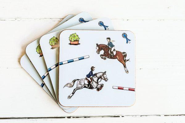 podložky pod poháre, podložky pod poháre so vzorom koňa, podložky pod poháre so vzorom koní, podložky pod poháre s motívom koňa, podložky pod poháre s motívom koní, podložky pod poháre so vzorom SHOW JUMPING, podložky pod poháre s motívom SHOW JUMPING, podložky pod poháre so skokovým vzorom, podložky pod poháre so skokovým motívom